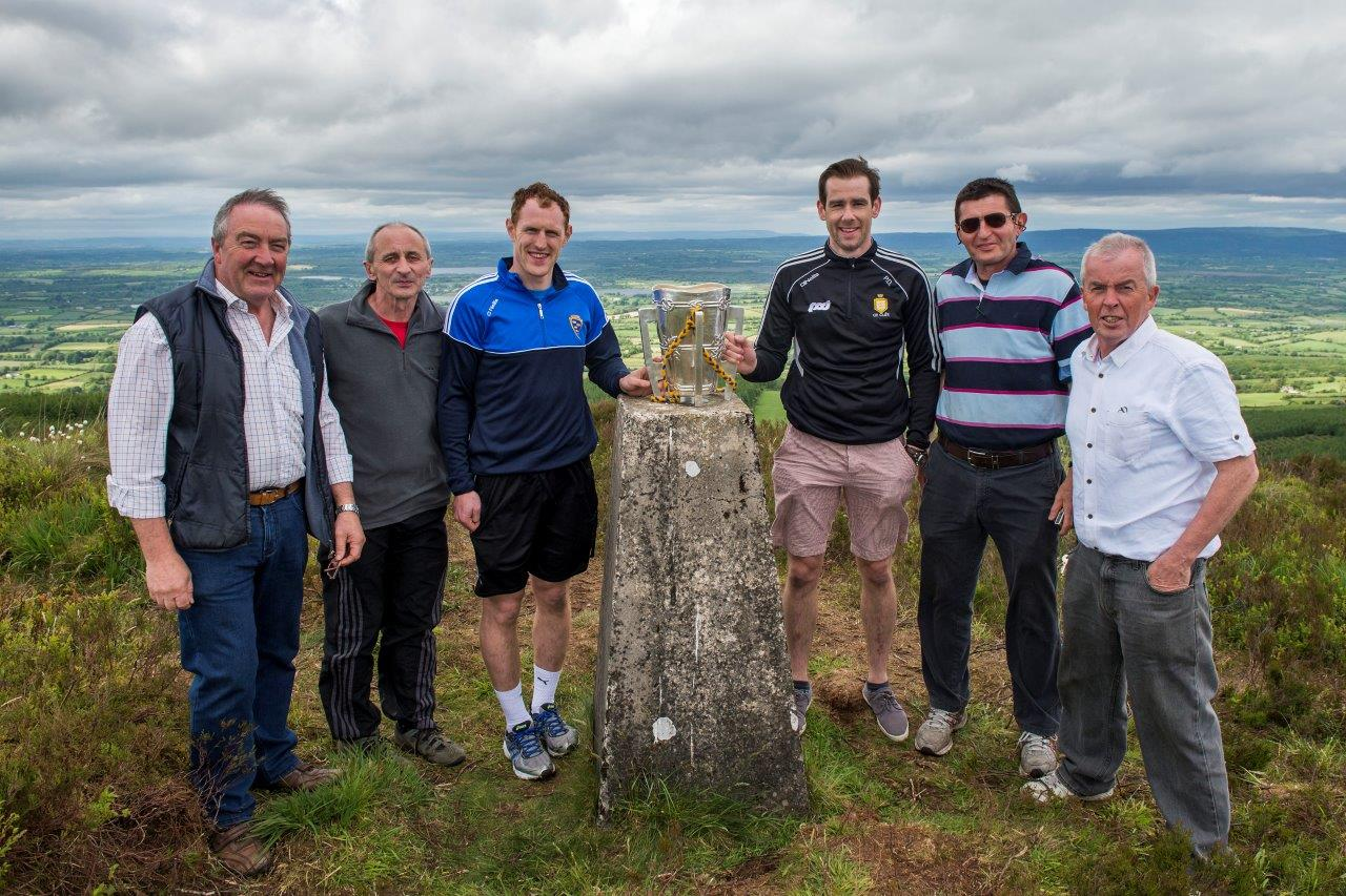 Liam McCarthy Cup, Pat Donnellan, Conor Cooney with members of Twelve O'Clocks Committee